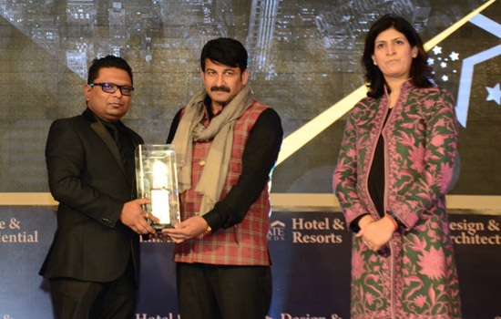 Radisson Udaipur felicitated with Best Business Hotel Award for the year 2016
